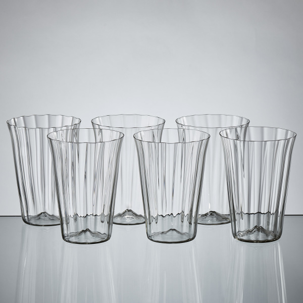 Goldberg Tumbler Baroque Garden Collection, grey crystal, hotshaped, blown